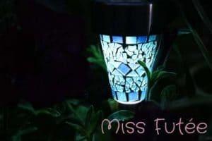 Jolie lanterne solaire céramique bleue
