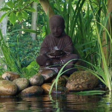 Joli bouddha fontaine
