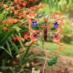 Papillon orange décoré pierres